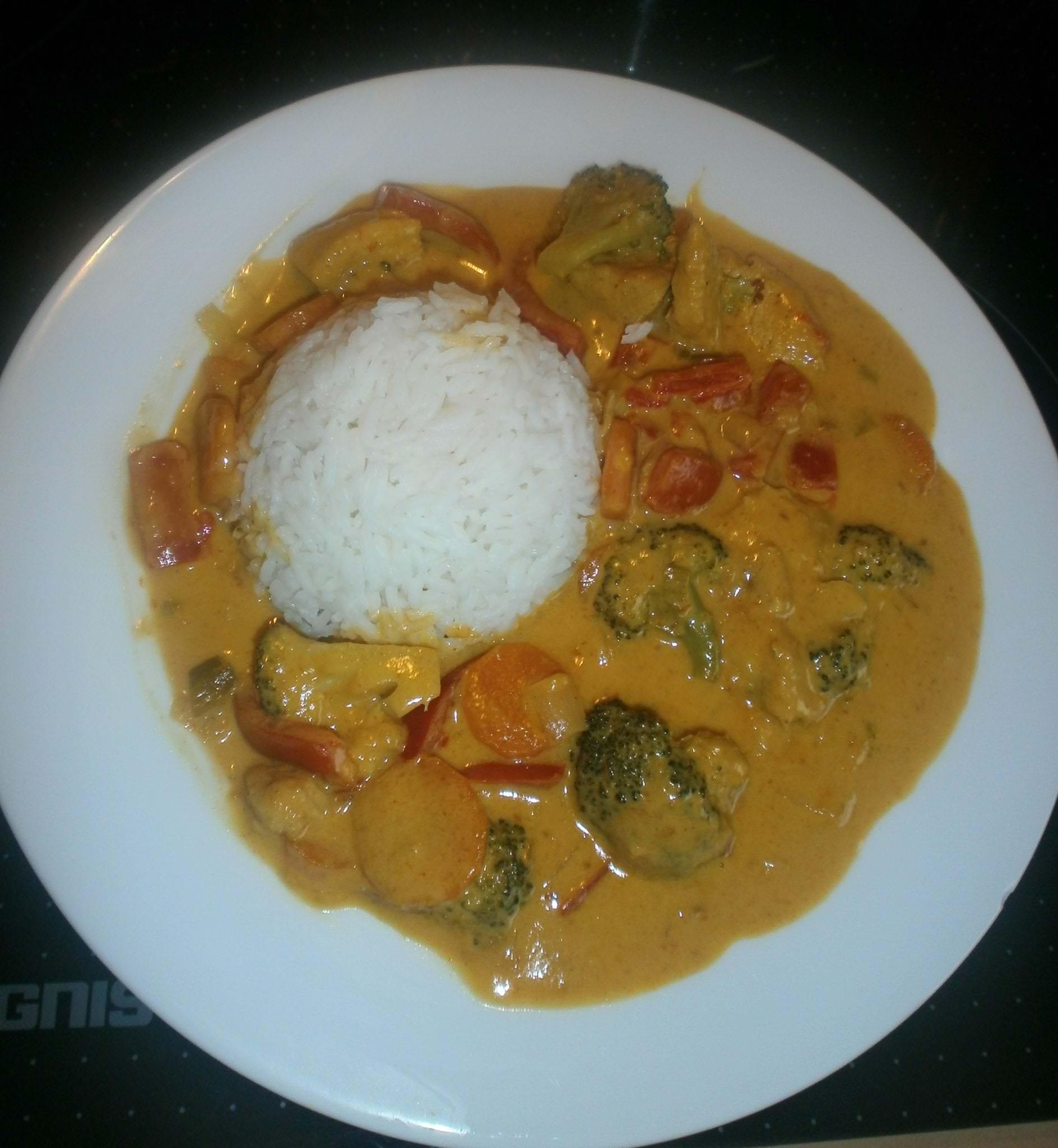 Gelbes Curry mit Gefluegel