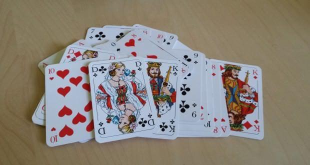 Kartenspiel 1001