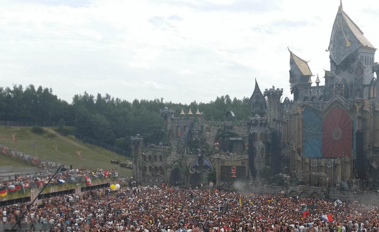 Sinnexplosion goes Tomorrowland